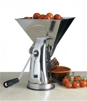 OMAC Super Gulliver Stainless Tomato Strainer with Sunction Base